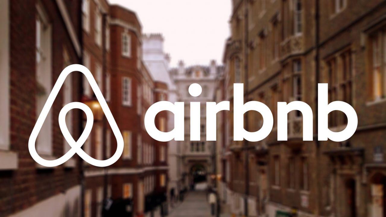 Bologna, una tassa di soggiorno per Airbnb